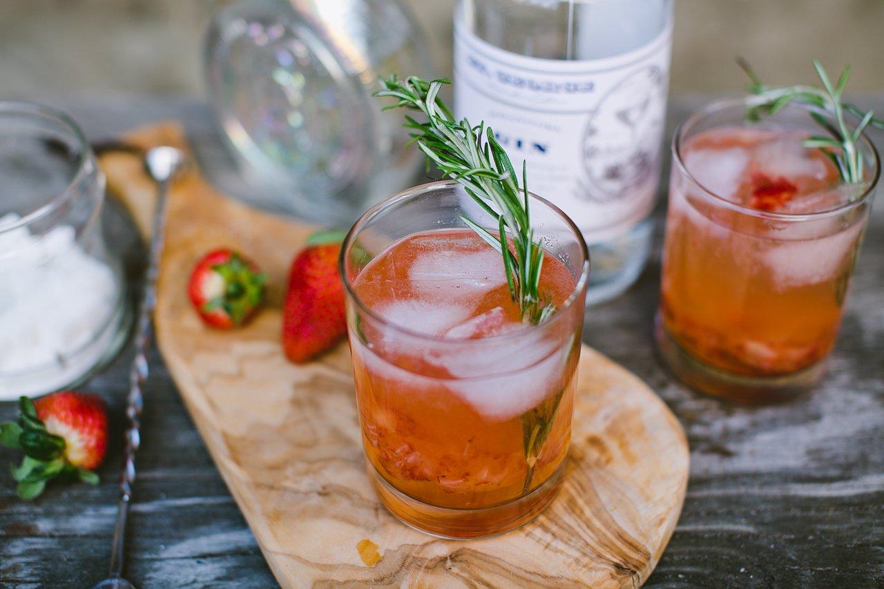 Strawberry & Lemon Gin Fizz